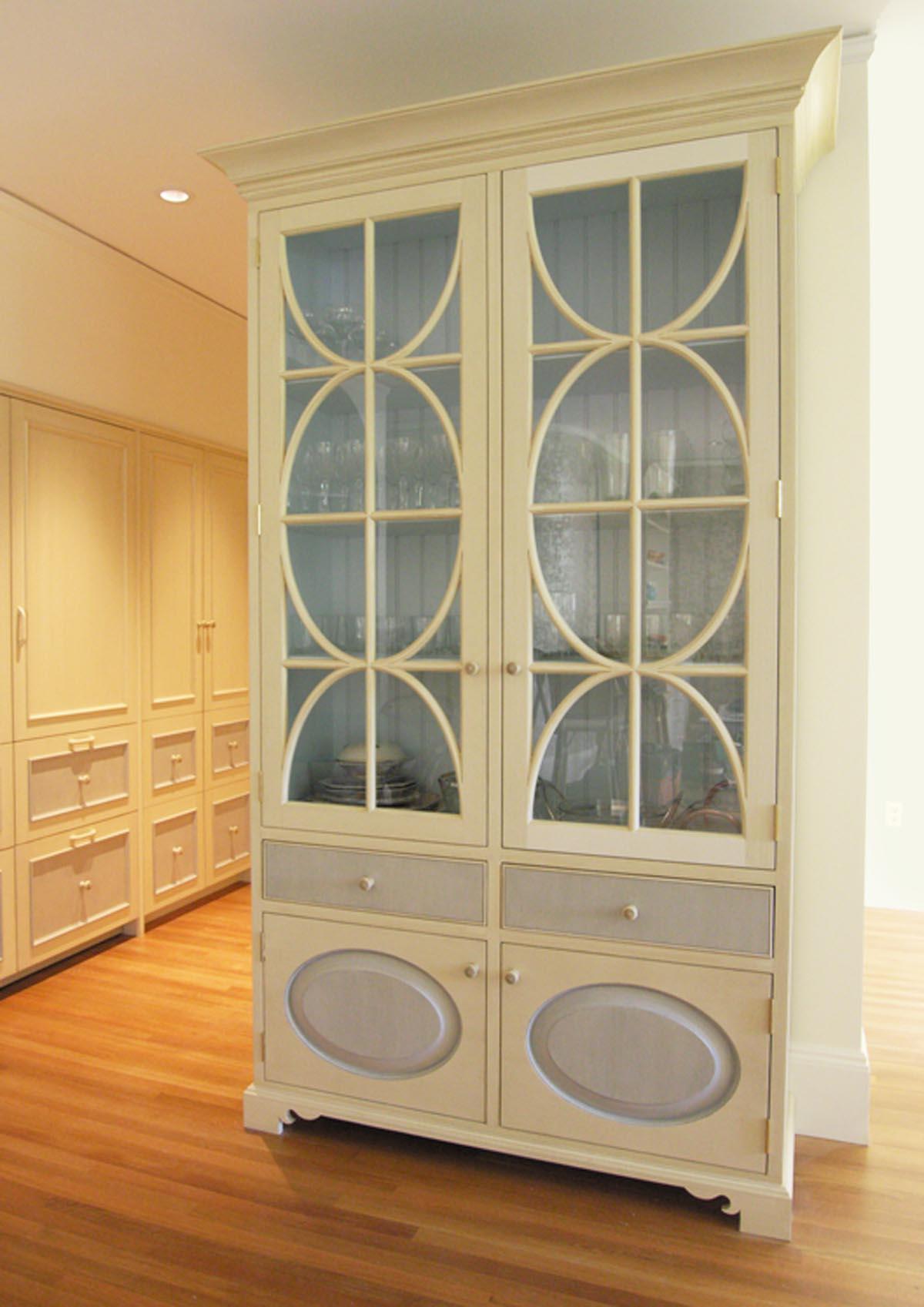 Tracery-Cabinet.jpg